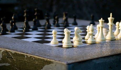 Yemen sacks national chess team for Israel game
