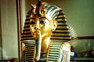 بلاغ للنائب العام في مصر بعد فتوى تبيح بيع الآثار وتحطيم التماثيل