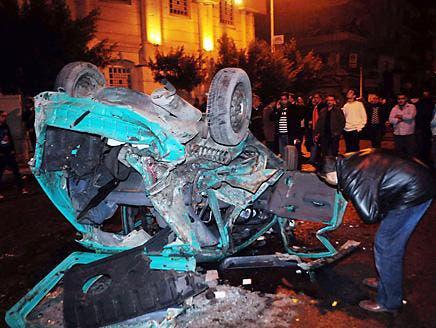 """الفتنة الطائفية في مصر.. حرائق سياسية """"تتنكر"""" تحت عباءة الدين"""