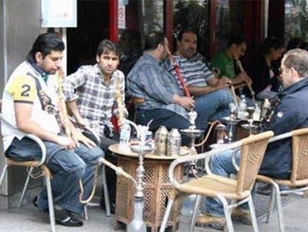 """""""العزوبية"""" ممر هروب لشباب مغربي يتخوف من مسؤوليات الأسرة"""