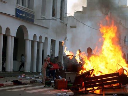5 قتلى وعشرات المصابين في مدن مغربية عقب مظاهرات تطالب بالإصلاح