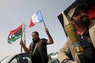 Outgunned Libya rebels on the run; airstrikes resume