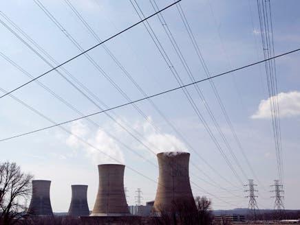 السعودية تتجه لإنشاء 16 مفاعلاً نووياً بتكلفة 300 مليار دولار