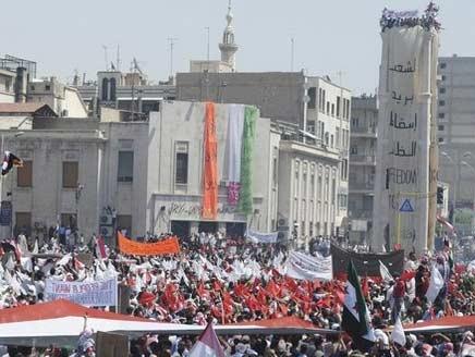 """الجيش السوري يبدأ حملة في دمشق.. وواشنطن تصف تصرفاته بـ""""الوحشية"""""""