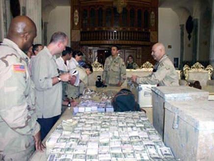 تقرير بريطاني: الروتين والفساد تسببا في تبديد أموال الموازنات العراقية