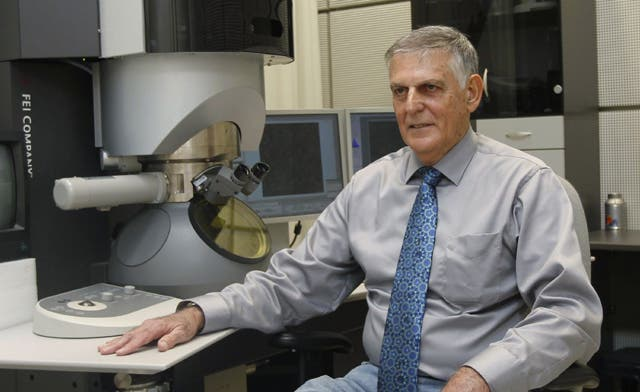 Israel's Shechtman vindicated with Nobel for chemistry