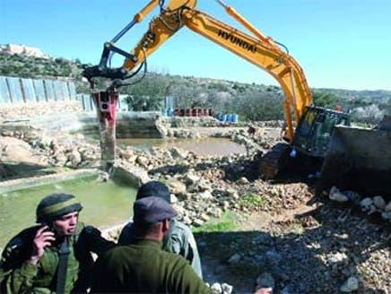 إسرائيل تصادق على بناء 300 وحدة استيطانية في القدس الشرقية