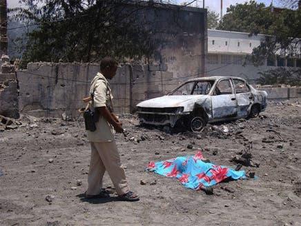 ارتفاع قتلى اعتداء مقديشو الذي تبنته حركة الشباب الصومالي إلى 82 قتيلاً