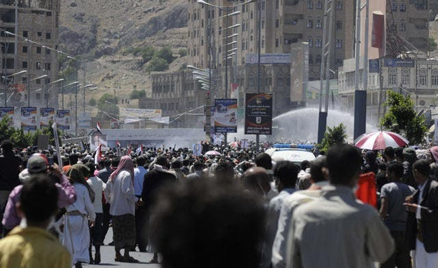 Defected general says 7,000 Saleh troops, security forces joined opposition