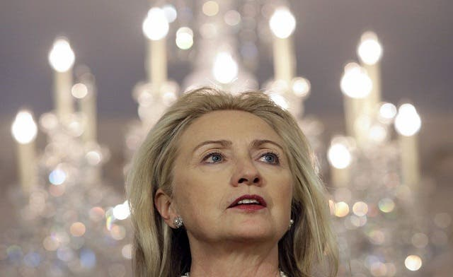 Clinton says U.S. ready to work with Islamist groups