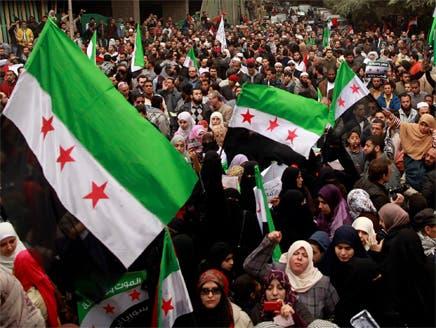 البرلمان المصري يطالب بقطع العلاقات مع دمشق