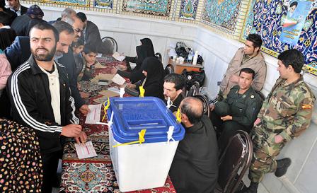 اصولگرایان از دخالت سازمان یافته سپاه پاسداران در انتخابات مجلس می گویند