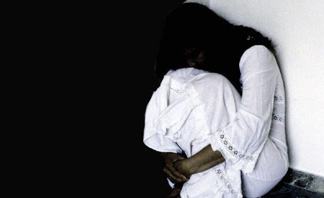 Nearly 1,000 Pakistani women 'killed for honor'