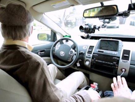 گوگل برای نابینایان سیستم رانندگی راه اندازی کرد