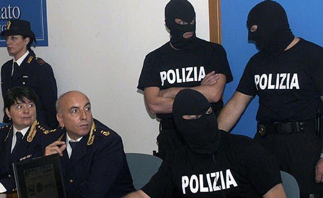 Italian Muslim convert arrested on terror charge