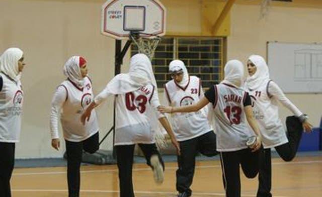 Saudi girls' school defies clerics with basketball