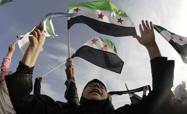 Syrian women risk lives to smuggle aid to dissidents