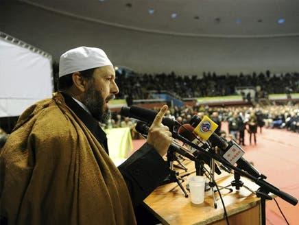 """حزب إسلامي جزائري يهدد بـ""""الخيار التونسي"""" للتغيير"""
