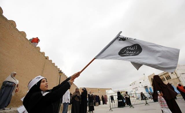 Tunisia vows to punish Salafis' attacks on alcohol vendors