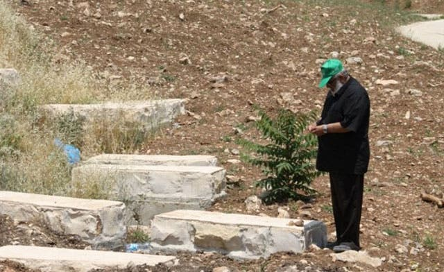 Israel implanting thousands of 'fake' Jewish graves around Aqsa Mosque: Palestinian group