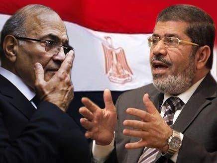 مصر کی صدارت کے لیے محمد مرسی اور احمد شفیق کے درمیان حتمی مقابلہ