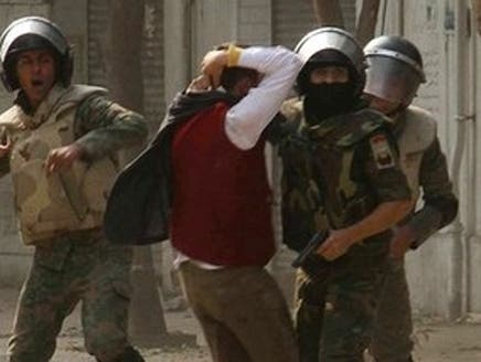 فوج،عام شہریوں کو گرفتار کر سکے گی: مصری وزیر قانون