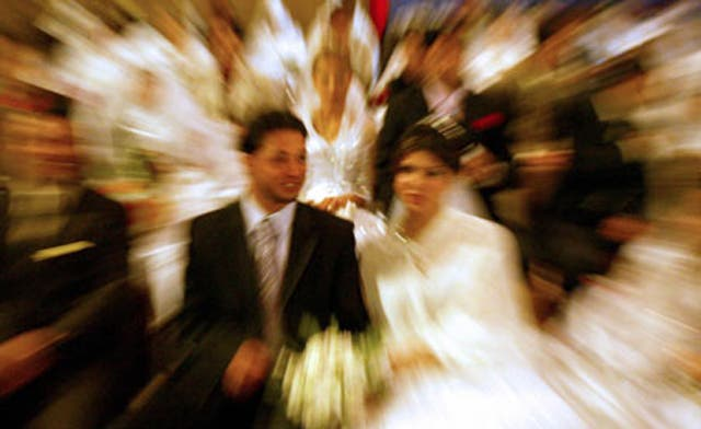 Iraqi group calls for ban on marriage before age of 25