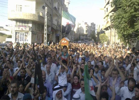 دمشق کے نواح میں سرکاری فوج اور باغیوں میں جھڑپیں، مزید ہلاکتیں