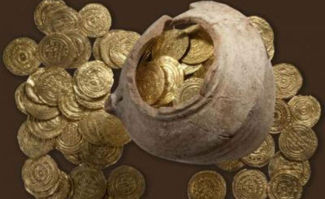 Pot of crusader gold found where Richard I defeated Salahaddin