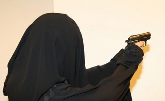 Saudi girls demand carrying weapons for self-defense