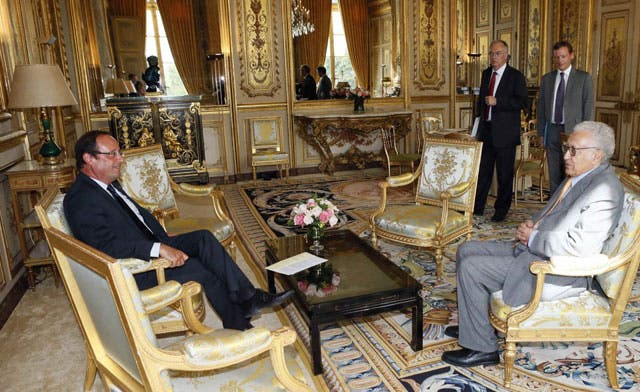 French president says no political solution in Syria unless Assad steps down