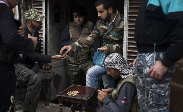First 'pay day' for Syrian rebels in Aleppo