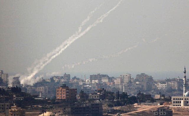 Egypt negotiates ceasefire in Gaza; Mursi vows to 'stand by Palestinians'