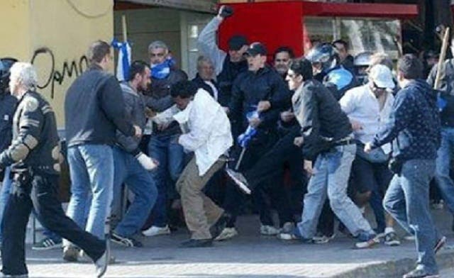 Neo-Nazis attack Egyptian expats in Greece
