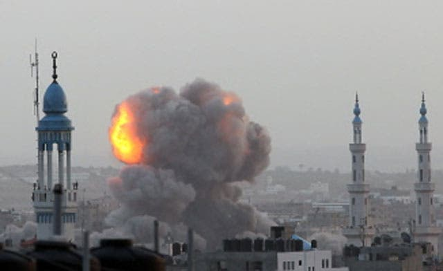 Israel kills 10 Palestinians, destroys Hamas Cabinet building