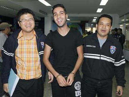 """تايلاند تقبض على """"القرصان الجزائري المبتسم"""""""