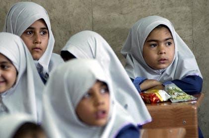 استفاده از زبان کردی در مدارس استان کرمانشاه برای محاوره و تدریس ممنوع شد