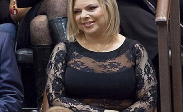 Sarah Netanyahu wearing racy dress in the Knesset provokes Israelis