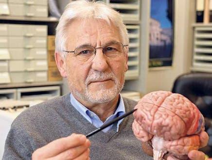 """عالم ألماني يعثر في الدماغ على """"وكر شيطاني"""" يوسوس بالشر"""