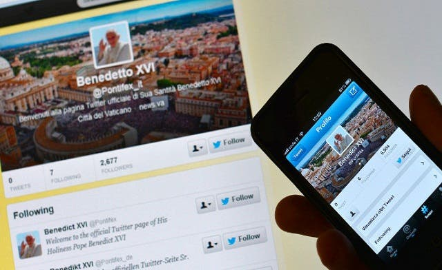 Twitter Quitter: Pope's account to shut down after formal resignation